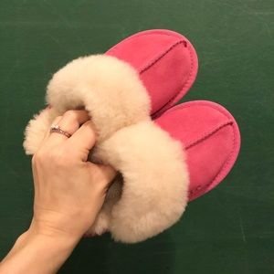 UGG Slippers - Size 11